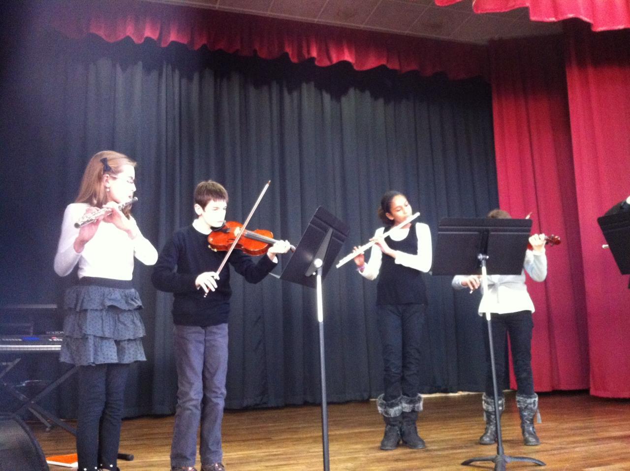 Ensemble concert de Cléré les Pins
