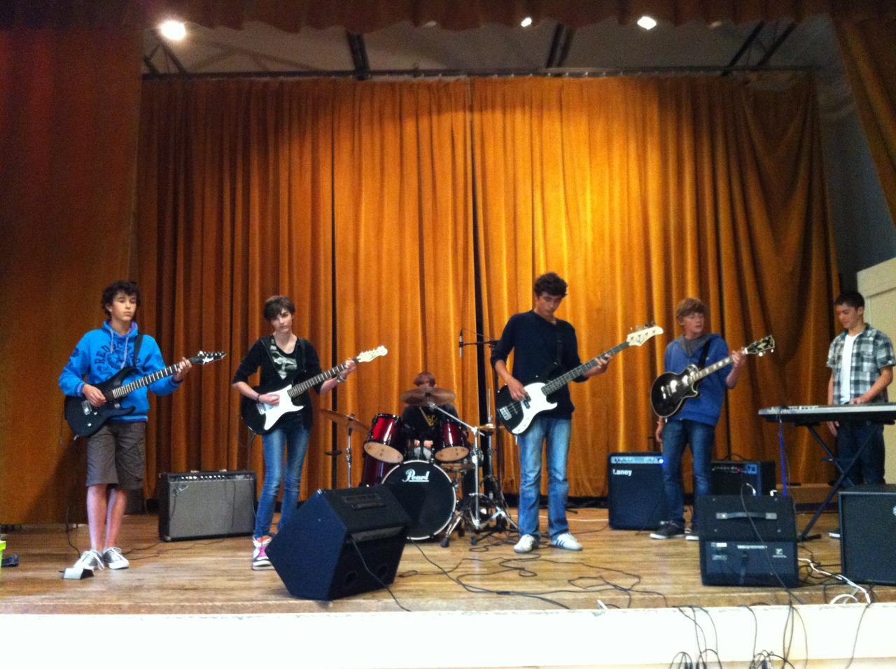 Atelier de Musiques Amplifées au Collège de Savigné Sur Lathan